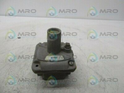 Maxitrol R500Sz Gas Pressure Regulator * Used *