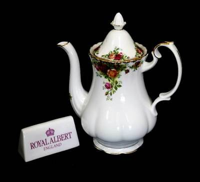 Vintage Royal Albert Old Country Roses large coffee pot in beautiful condition