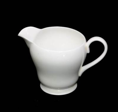 Vintage pure white Shelley milk jug in lovely condition