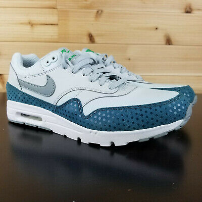 NEW NIKE WOMENS Air Max 1 Ultra Essential Running Shoes