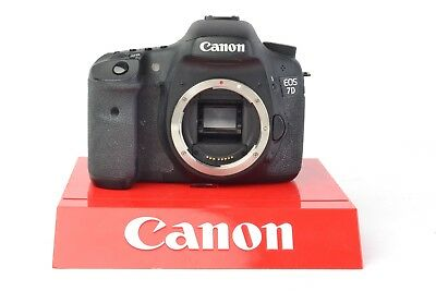 Canon EOS 7D 18.0 MP Digital SLR Camera Body (Only) SC: 90,378 #C04027