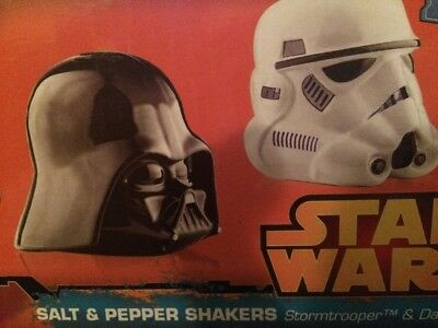 Star Wars Ceramic Darth Vader Storm Trooper Salt and Pepper Shakers Disney New