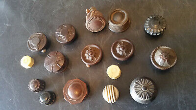 15 x vintage radio knobs