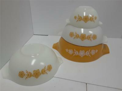 Vintage Pyrex Butterfly Gold Nesting Cinderella Mixing Bowls 441 443 444