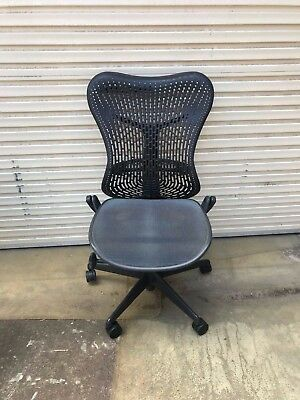 Herman Miller 'mirra' Black Office Chair.