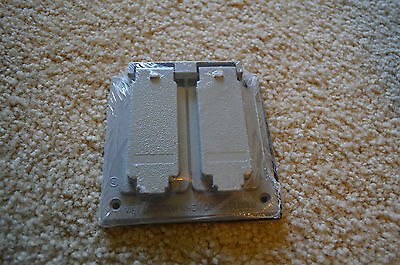 NEW  Sigma Electric  14345 WEATHER PROOF 2 GANG DUPLEX RECEPTACLE OUTLET COVER