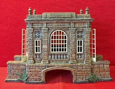 Covered Bridge at the Manor Dept 56 Dickens Village 58565 Christmas stone city A