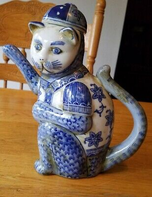 Antique White Blue Chinese Asian Japanese Porcelain Kitty Cat Tea Spout Rare!!!