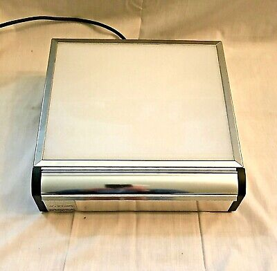 "Used ARTOGRAPH ProSeries Light Box 10"" x 12"" 2 Lamp Model 1012ST-2 Made In USA"