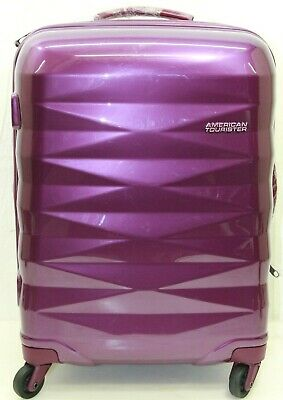 """American Tourister Pirouette 20"""" Hardside Carry On Spinner Luggage (Raspberry)"""