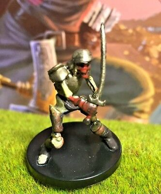 BLOODY SKELETON D&D Miniature Dungeons Dragons pathfinder zombie undead  knight Z