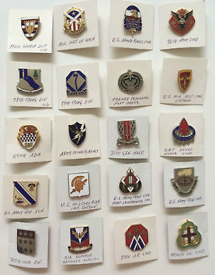 Vintage Lot WWII World War II Military Unit Pins Tanker Reconnaissance (6 of 6)