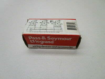 Pass & Seymour 4760 Receptacle * New In Box *