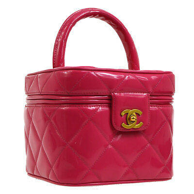 d04cdfa8b4ab Auth CHANEL Quilted CC Cosmetic Vanity Hand Bag Pink Patent Leather VTG  AK29941