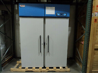 Thermo Scientific Revco ULT5030A -30°C Lab Freezer 51.1 Cu. Ft., Upright, 120V