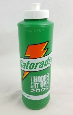 f2e96874edb Vintage Gatorade Hoop It Up Thirst Quencher Plastic Green Squeeze Water  Bottle