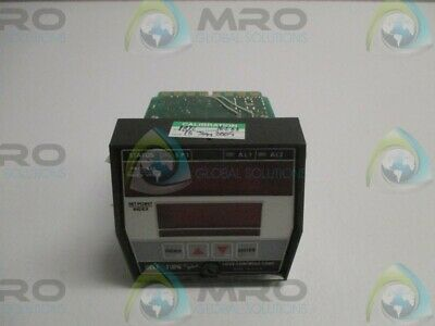 Love Controls 32130-6166-548 Process Controller (As Pictured) * Used *