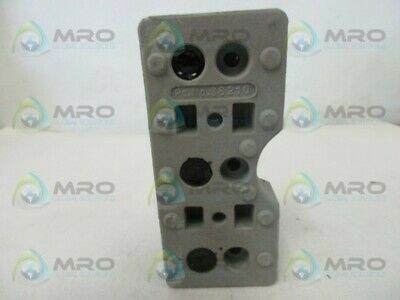 Schneider Electric 36210 Fuse Holder * New No Box *