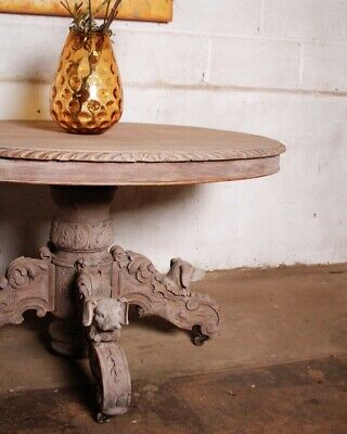 Early 19th Century French Carved Hunting Table In Bleached Oak