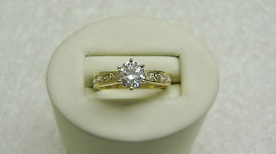 14K Yellow Gold Solitaire W/ 8 Channel Set Cubic Zirconia Ring Size 8 Ng33-I