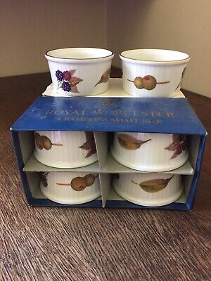 Royal Worcester Evesham Set Of  6 Ramekins Oven To Tableware