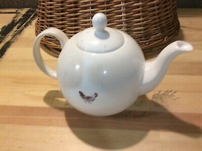 Sophie Allport Fine Bone China Globe Teapot - Chicken Design