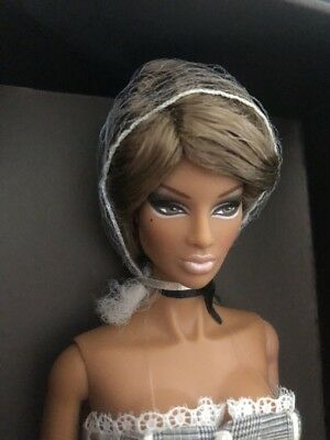 Queen Of The Hive Natalia Fatale Doll- Jason Wu Fashion Royalty NRFB # 91105