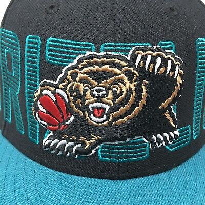 the best attitude 5fbe7 6eb3d Memphis Grizzlies SnapBack Cap Hat NBA Sewn Vintage Basketball Spell Out
