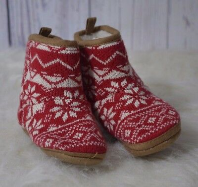 Old Navy Baby Holiday Snowflake Boots Size 18-24 months Christmas Ugly toddler