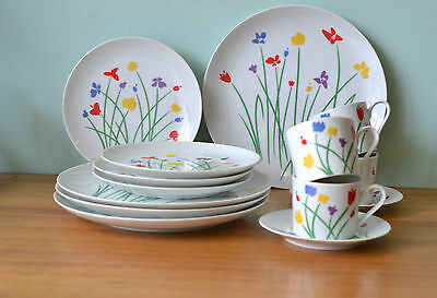 Vintage Retro 1980's ceramic coffee tea cup saucers dinner plates saucers japan