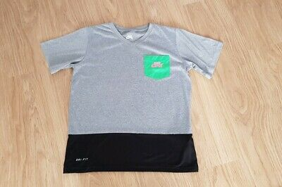 Girls Nike SB Short Sleeve T Shirt Age 12-13 Years Grey/Black