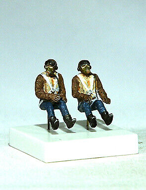 PJ Productions 1/72 RAF Pilots Seated in A/C (WWII) # 721136