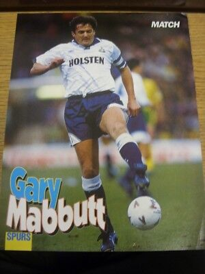 1992/1993 Autographed Magazine Picture: Tottenham Hotspur - Mabbutt, Gary - on r