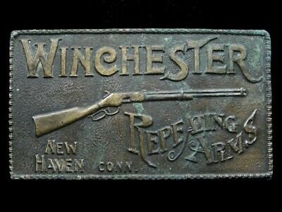 RI09114 VINTAGE 1970s **WINCHESTER REPEATING ARMS** GUN & FIREARM BELT BUCKLE