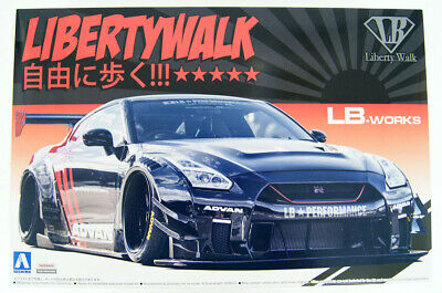 Aoshima 55922 LB Works R35 GT-R Type 2 Ver. 2 1/24 Scale kit