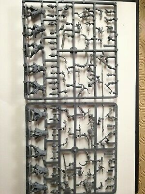 Frostgrave Cultists x2 Sprue 10 Cultists Fantasy 28mm