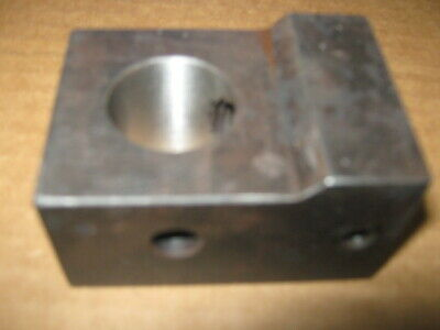 Farmall1066, and other 66 series models Steering Cylinder End (Block Type)