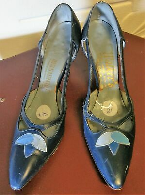 1950's Leather Cut out court shoe by 'Johansen' size 7