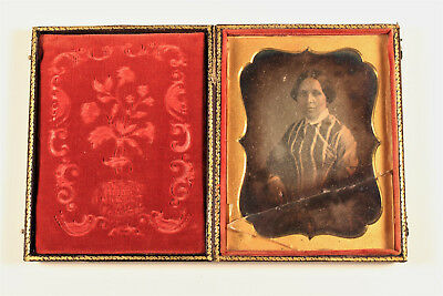 Daguerreotype Woman Portrait Unique Evans Market St. Philadelphia US c. 1850
