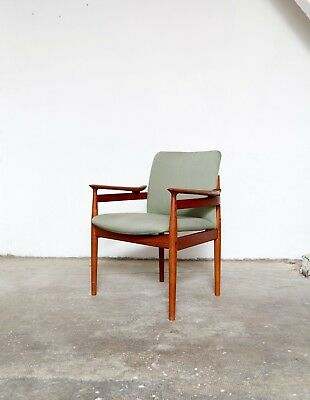 "Finn Juhl Mid-Century Chair ""Modell FD 192"" for France & Søn"