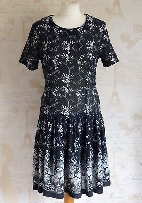 Vintage 1920's-30's Inspired Art Deco Black-White Flapper Evening Party Dress 10