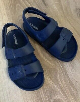 4e65a7ec257f OLD NAVY WATER Sandals