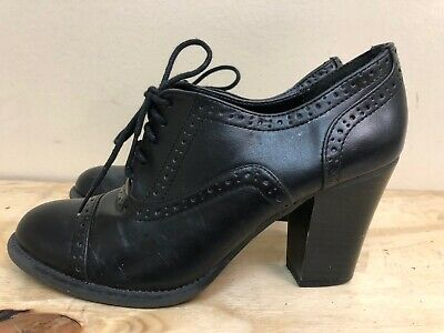 Mossimo women man made black materials heel lace up shoes size US 7