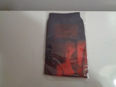 New In Package Marilyn Monroe Cell Phone Case Sock Or Holds Mp3 Players