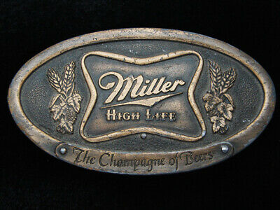 Qe13162 Vintage 1975 **Miller High Life The Champagne Of Beers** Belt Buckle