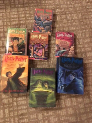 HARRY POTTER 1-7 Complete Book Set  J.K. Rowling  Lot