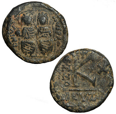 Byzantine half follis of Justin II with Sofia from Nikomedia.