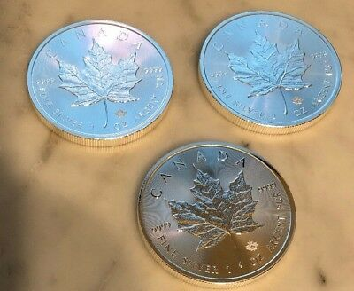 Lot of 3 - 2018 $5 1oz Canadian Silver Maple Leaf Coins .9999 Fine BU