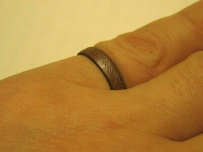 A delightful Viking ring. Perfect gift.