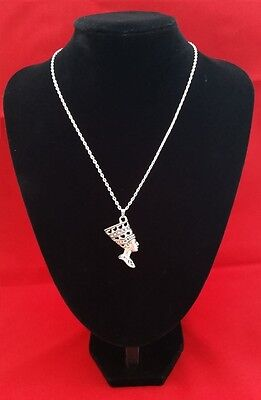 ANCIENT EGYPTIAN QUEEN NEFERTITI Pendant on a 925 Sterling Silver Necklace Chain
